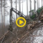 John Deere 1270E | Steep slope with winch